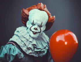 Comment faire un maquillage de clown tueur ?