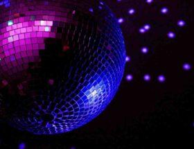 Comment se maquiller pour soirée disco ?
